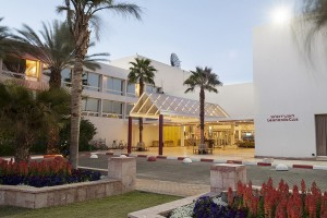 leonardo-club-eilat-entrance